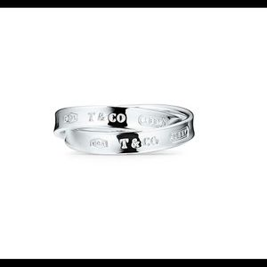 Tiffany & Co. Interlocking Circles Ring